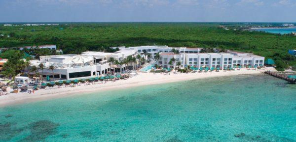 Hotel- vue -bord-mer